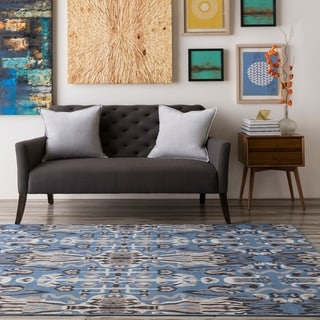 Meticulously Woven Intect Rug (6'9 x 9'8)