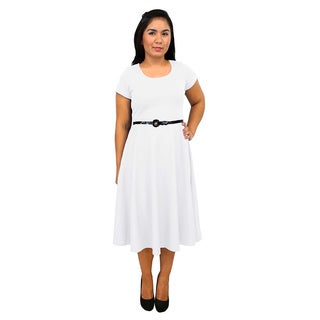 Women's Short Sleeve Scoop Neck White A-line Dress