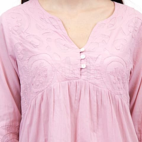 La Cera Women's Appliqued Tunic Top
