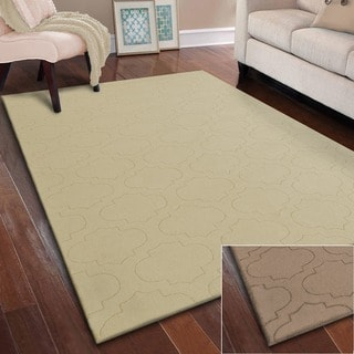 Superior Collection Hand Woven Charlotte Wool rug (5'X8')