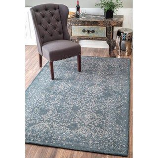 nuLOOM Handmade Country Floral Ornament Wool Blue Rug (7'6 x 9'6)