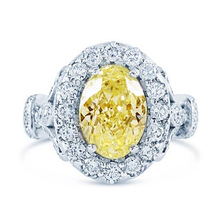 18k White Gold Certified 5 1/6ct TDW Fancy Light Yellow and White Oval Diamond Ring (G-H, VS2-SI1)