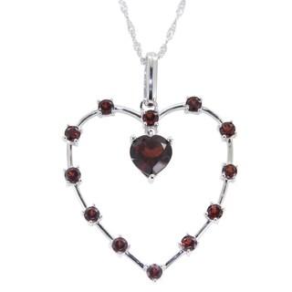 Sterling Silver 3.67cttw Garnet Heart pendant Necklace