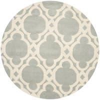 Safavieh Handmade Chatham Grey/ Ivory Wool Rug - 5' Round