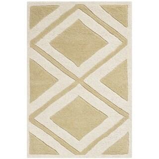 Safavieh Handmade Chatham Gold/ Ivory Wool Rug (2' x 3')