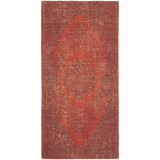 Safavieh Classic Vintage Overdyed Red Cotton Distressed Rug (2'4 x 4'8)