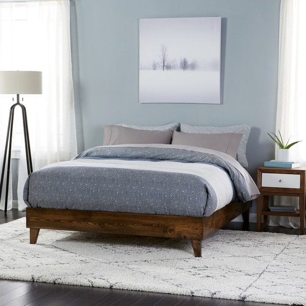 wood mid century platform style bed free shipping today overstock 18051034. Black Bedroom Furniture Sets. Home Design Ideas