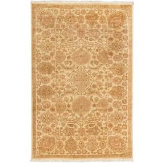 ecarpetgallery Royal Ushak Yellow Wool Rug (5'6 x 8'6)
