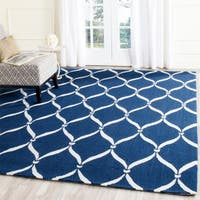 "Safavieh Hand-Hooked Four Seasons Navy / Ivory Polyester Rug - 3'6"" x 5'6"""
