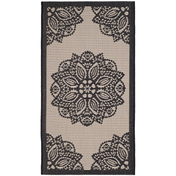 "Safavieh Courtyard Floral Medallion Beige/ Black Indoor/ Outdoor Rug - 2'7"" x 5'"
