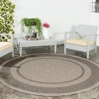 Safavieh Indoor/ Outdoor Courtyard Beige/ Black Rug (6'7 x 6'7 Round)