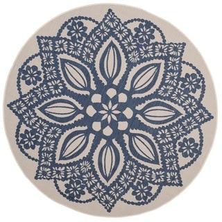 Safavieh Courtyard Floral Medallion Beige/ Navy Indoor/ Outdoor Rug (6'7 Round)