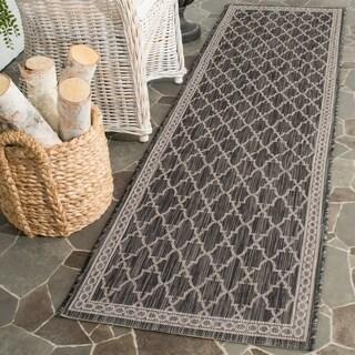 Safavieh Indoor/ Outdoor Courtyard Black/ Beige Rug (2'4 x 12')