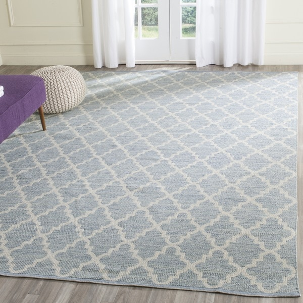 Safavieh Hand-Woven Montauk Light Blue/ Ivory Cotton Rug - 5' x 7'