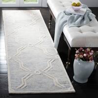 "Safavieh Handmade Cambridge Light Grey/ Ivory Wool Rug - 2'6"" x 8'"