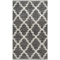 "Safavieh Hand-Woven Montauk Black/ Ivory Cotton Rug - 2'3"" x 3'9"""