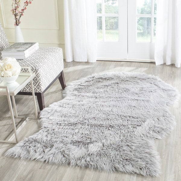 Shop Safavieh Handmade Faux Sheepskin Light Grey Japanese