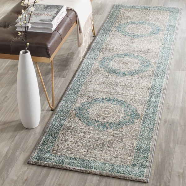 Safavieh Sofia Vintage Medallion Light Grey / Blue Distressed Rug - 2'2 x 8'