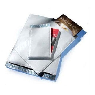 Poly Size #000 4 x 8 Bubble Mailers (Pack of 5000) Padded Envelopes