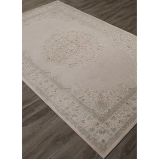 Classic Medallion Pattern Ivory/Beige Rayon Chenille Area Rug (7.6x9.6)