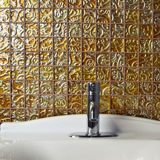SomerTile 11.75x11.75-inch Firenze Embossed Quad Champagne Glass Mosaic Wall Tile (5 tiles/4.9 sqft.)