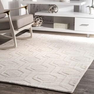 nuLOOM Handmade Carved Hexagon Wool Ivory Rug (8'6 x 11'6)|https://ak1.ostkcdn.com/images/products/11048258/P18060601.jpg?_ostk_perf_=percv&impolicy=medium