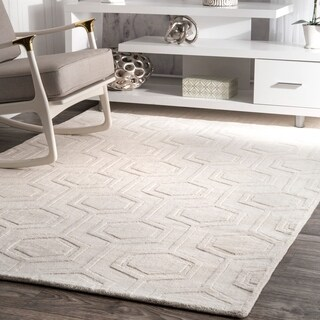 nuLOOM Handmade Carved Hexagon Wool Ivory Rug (8'6 x 11'6)