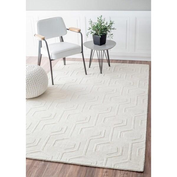 Nuloom Handmade Carved Hexagon Wool Ivory Rug 8 6 X 11 6