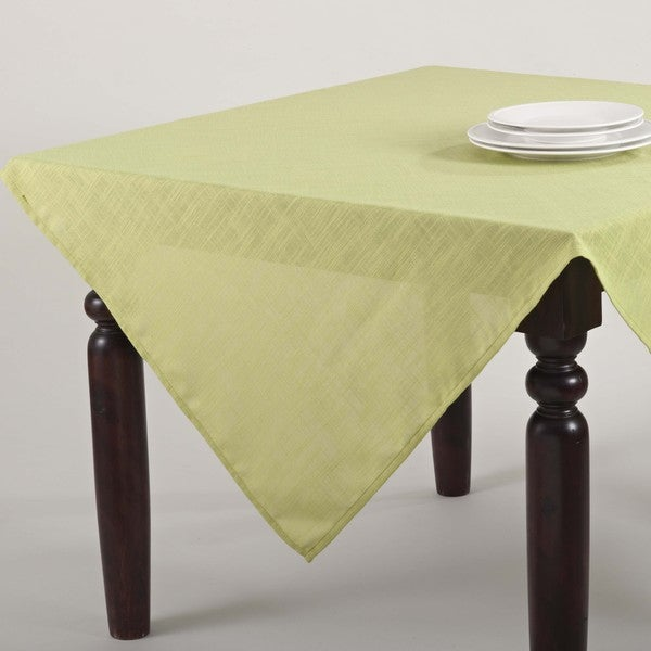 Classic Woven 84-Inch Tablecloth