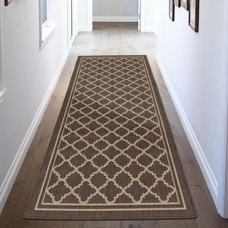 Jardin Collection Moroccan Trellis Design Indoor/Outdoor Runner Rug (2'7 x 7'3)