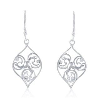 La Preciosa Sterling Silver Lightweight Dangle Earrings
