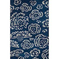Hand-tufted Echo Navy/ Ivory Floral Rug - 5' x 7'6