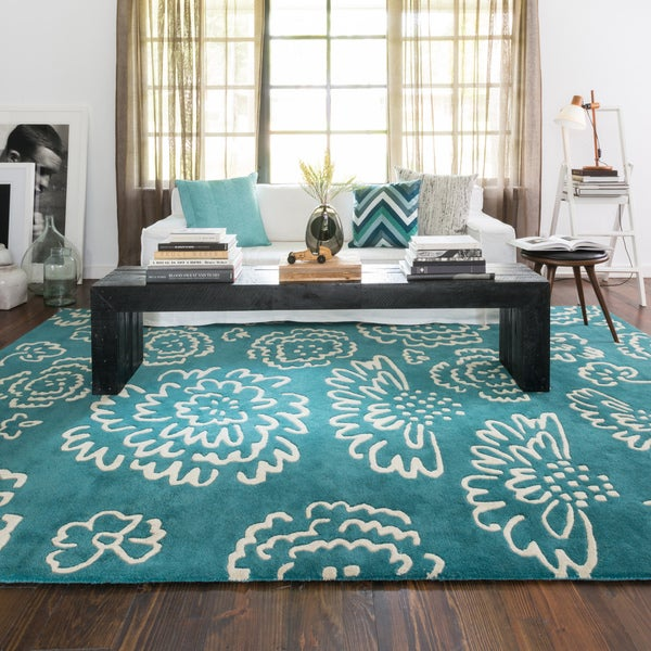 Hand-tufted Echo Teal/ Ivory Floral Rug - 5' x 7'6