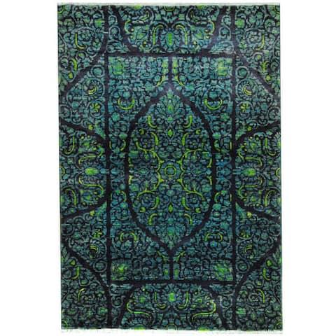 Handmade One-of-a-Kind Vegetable Dye Kerman Wool Rug (Afghanistan) - 4' x 6'