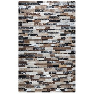 Rizzy Home Cumberland Pass CP9329 Leather Color-Blocked Area Rug (5' x 8')