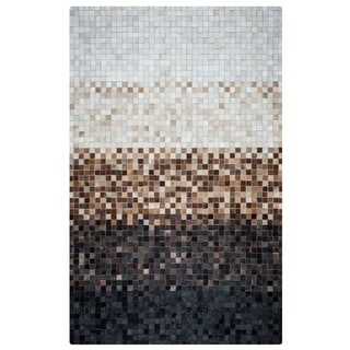 Rizzy Home Cumberland Pass CP9341 Leather Color-Blocked Area Rug (5' x 8')