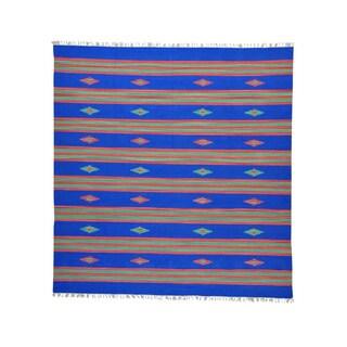 Square Hand-woven Flat Weave Design Killim Rug (10' x 10'5)