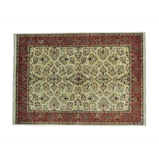 New Zealand Wool Sarouk Hand-knotted Floral Design Rug (5'6 x 7'8)