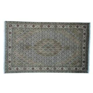 Wool and Silk Hand-knotted Tabriz Mahi Oriental Rug (6' x 9'10)