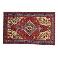 Pictorial Persian Nahavand Hand-knotted Oriental Rug (4'10 x 7'9)