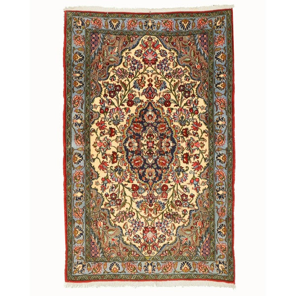 Hand-knotted Wool Ivory Traditional Oriental Qum Rug (3'4 x 5'2)