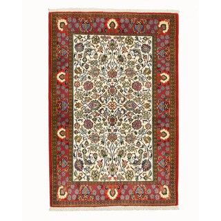 Hand-knotted Wool Ivory Traditional Oriental Qum Rug (3'6 x 5'3)