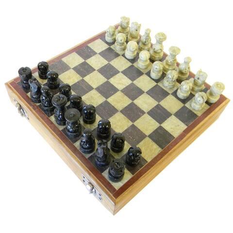 Handmade Soapstone 8-inch Chess Set (India) - Black