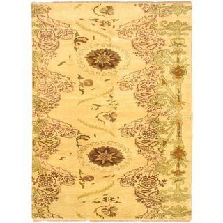 ecarpetgallery Royal Ushak Beige Wool Rug (7'5 x 10')