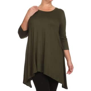 MOA Collection Plus Size Women's Solid Knit Tunic|https://ak1.ostkcdn.com/images/products/11098296/P18103663.jpg?impolicy=medium