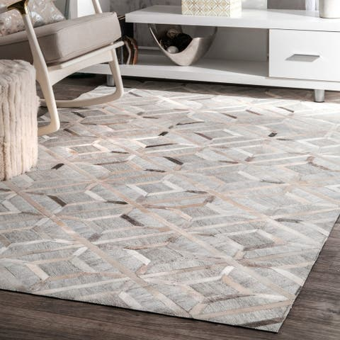nuLOOM Grey Handmade Modern Overlapping Geometric Leather/ Viscose Area Rug