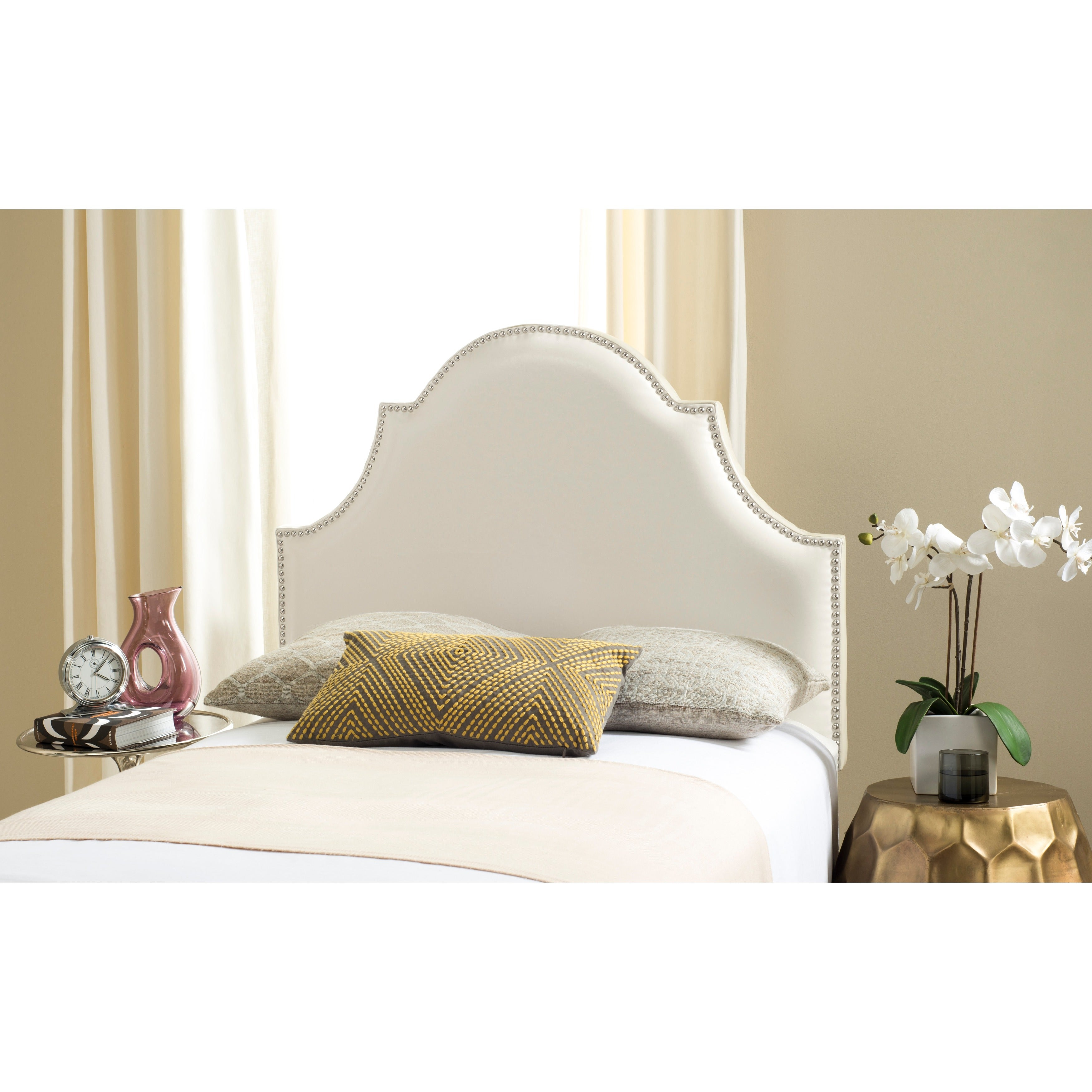 newest 79b7e 60e7a Safavieh Hallmar White Leather Upholstered Arched Headboard - Silver  Nailhead (Twin)