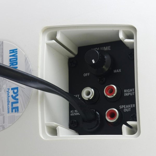 """Pyle PDWR54BTW Bluetooth 600W Waterproof 5.25/"""" Powered Outdoor Speakers Pair"""