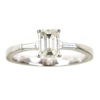 Anika and August 18k White Gold 1 1/10ct TDW Emerald Diamond Ring|https://ak1.ostkcdn.com/images/products/11102388/P18106987.jpg?impolicy=medium