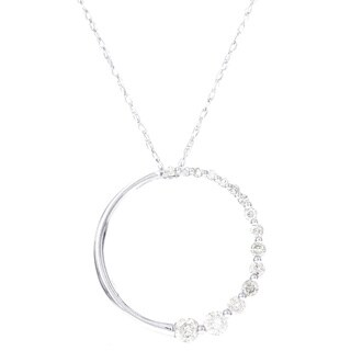 H STAR 10k White Gold 1/4ct TDW Diamond Circle Pendant Necklace (I-J, I2-I3)